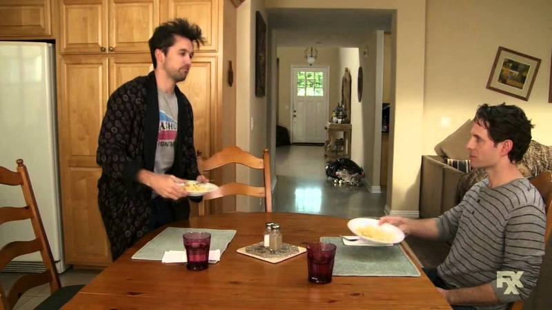 It's Always Sunny in Philadelphia - Mac and Cheese Part 3/5
