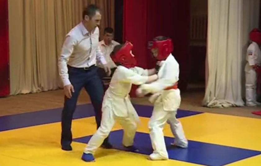 Каратисты из Зеленчукской призеры первенства