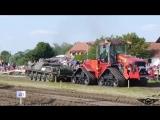 Tank_protiv_Traktora._Kto_kogo____Tank_vs_Tractor._Who_will_win__(MosCatalogue.net).mp4