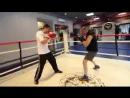 Передвижения в боксе и работа на ногах, челнок, сайд-степ, уходы — уроки бокса