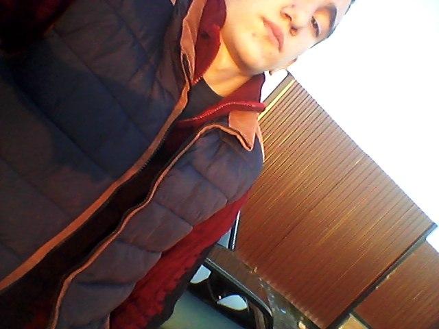 Murad, 18, Magas