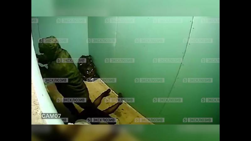 Налетчик бутылкой забил до полусмерти работницу букмекерской конторы в Петербурге