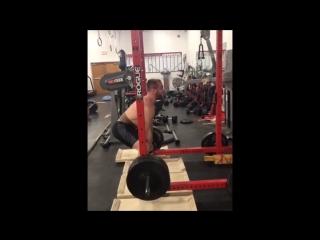 Кайл Снайдер: становая тяга сумо (530 фунтов)