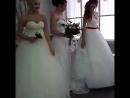 Невесты бывают разные: блондинки,брюнетки,шатенки .