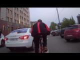 50 км в час на велосипеде весом 16,500. Альбертик навал делает.