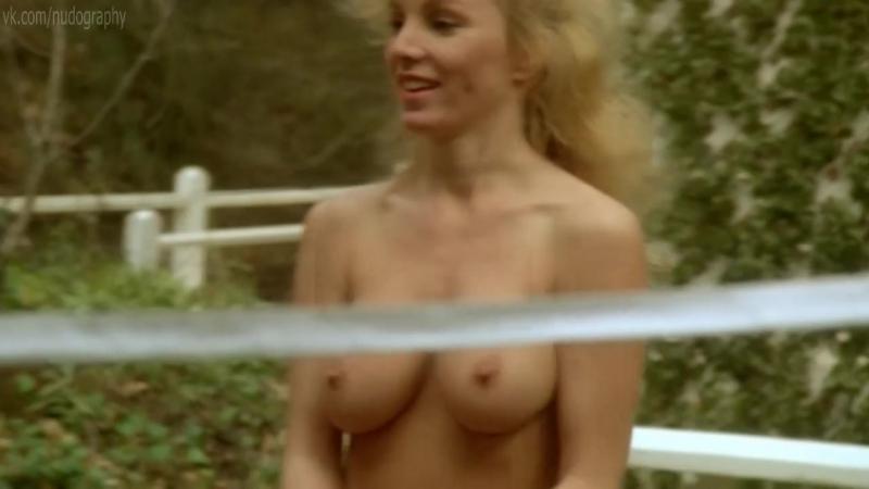 Анна Ким (Anna Kim), Бекки ЛеБо (Becky LeBeau), Бонни Пейн (Bonnie Paine) голые - Академия ниндзя (Ninja Academy, 1988)