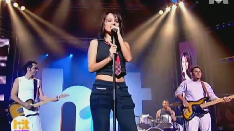 Alizée - A Contre courant (Live M6 Hit Machine)