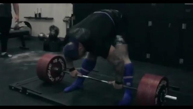 Тор Бьорнссон - тяга 425 кг на 2