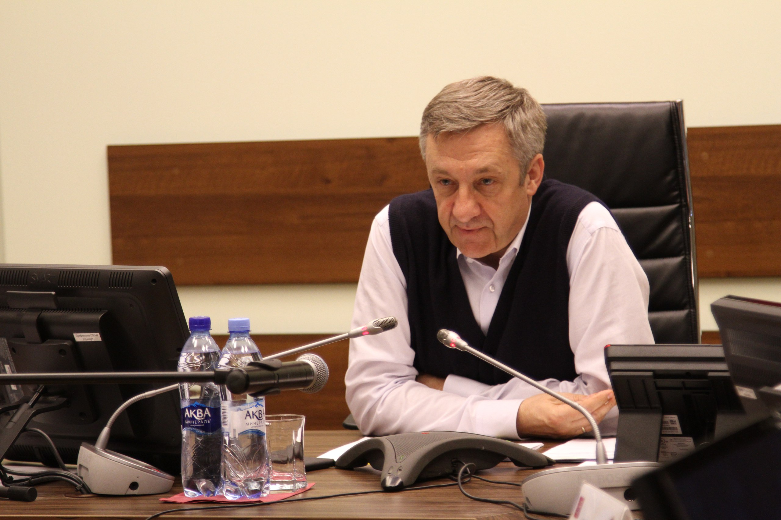 Префект СВАО ответил на вопросы жителей округа в ходе «прямой линии»