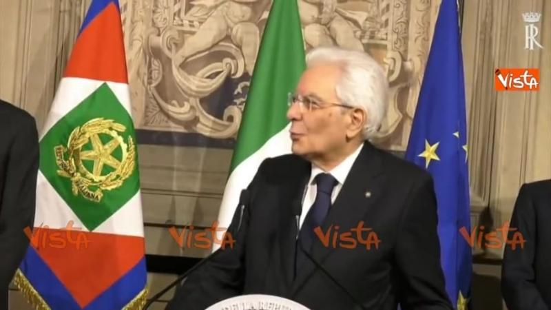 Governo Conte, Mattarella ringrazia la stampa ed esce tra gli applausi 31/05/18