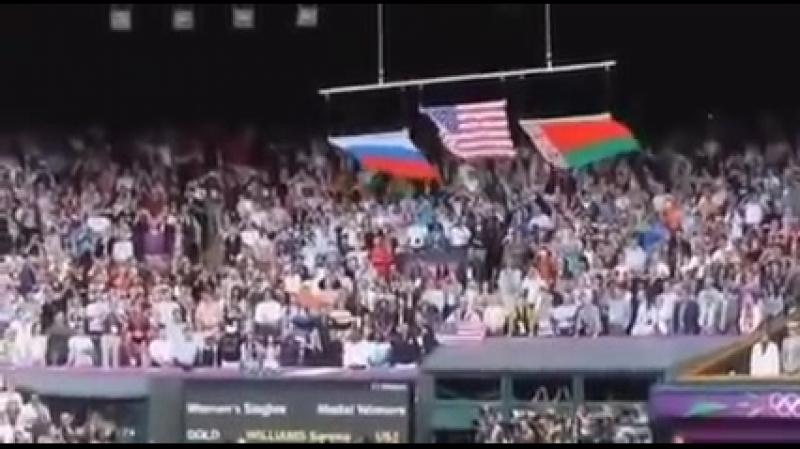 Atentie maxima la momentul cand incepe imnul Rusiei!