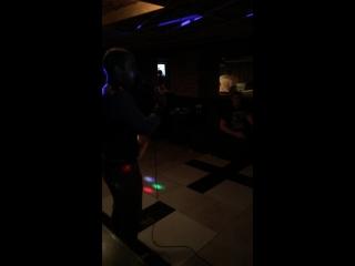 Dew Disco Bar — Live