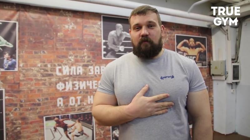 Кто сильнее бьет пощечину по силомеру Кирилл Сарычев или Максим Новосёлов?