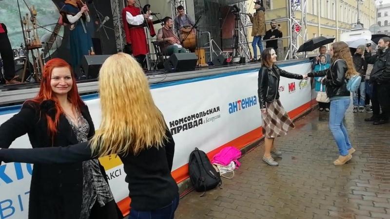 танец Бретонская джига, колектив 1410 - на конц гр. Стары Ольса 3.07.18