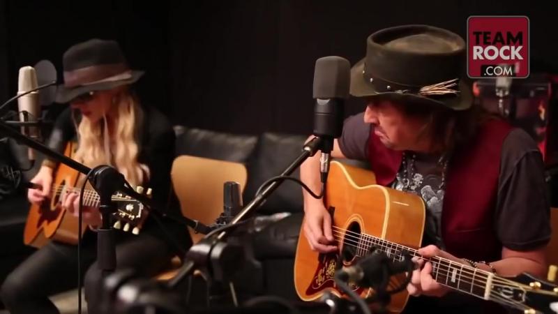 Orianthi and Richie Sambora- Livin On A Prayer (2015) 720