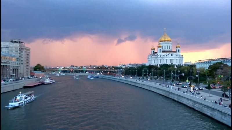 Москва не сразу строилась 🌇