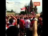 Поляки поют на Красной площади