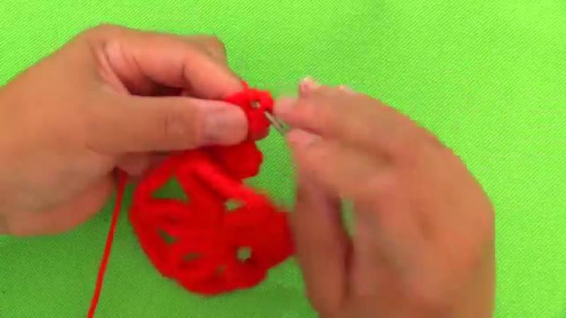 Como tejer a Crochet copos de nieve para Navidad _ Diy snowflakes - YouTube (360p)