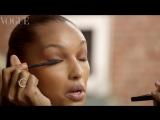 Жасмин Тукс показывает, как создать вечерний макияж