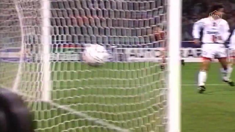 Гол Тотти в ворота Милана