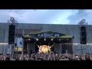 У мінскім мікрараёне Малінаўка прагрымеў бясплатны канцэрт гурта «Ляпіс 98» Сяргея Міхалка. Відэа: «Воіны святла»
