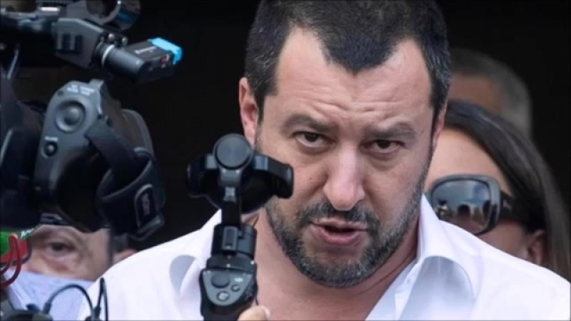 Italiens Innenminister bringt die Kanzlerin in Bedrängnis