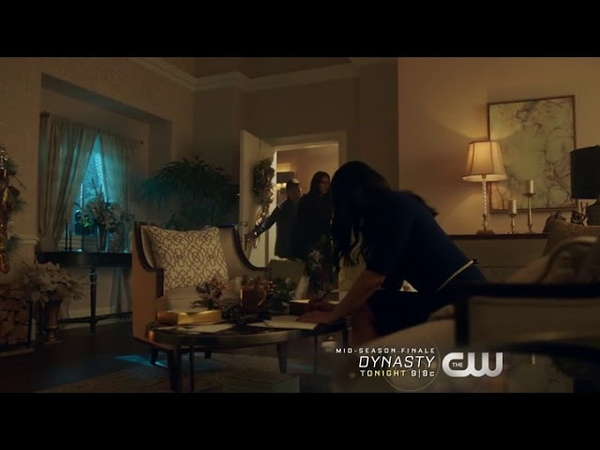 Riverdale 2x09 Veronica, Heromione and Herium Scene, Betty and Archie Questions Nana Rose and more