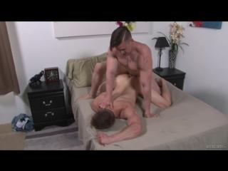 Гей порно жесткий секс спортивных парней gay porn hairy muscles flip-flop big dick