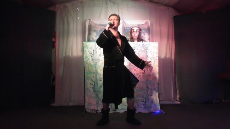 Валентин Сурков Жёлтой ночью пижамная вечеринка Спокойной ночи теплоход Козьма Минин 2018