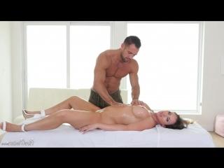 Luscious Tits Nuru Massage (Yasmin Scott)