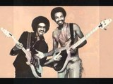 Ain't We Funkin' Now - The Brothers Johnson (1978)