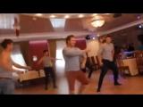 Наш ответ лезгинке. Русские парни зажигают на свадьбе! Гости в восторге