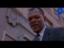 Момент из фильма Заряженное оружие