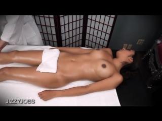 Happy ending massage (1)