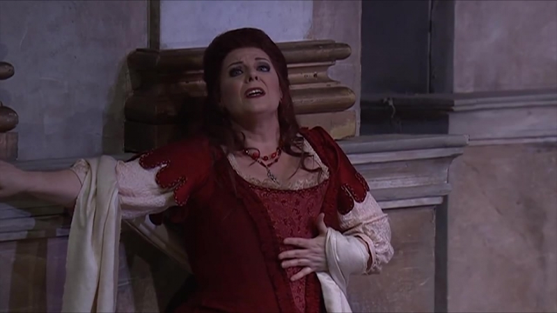 Jacqueline Dark sings Mi tradi quellalma ingrata from Mozarts Don Giovanni
