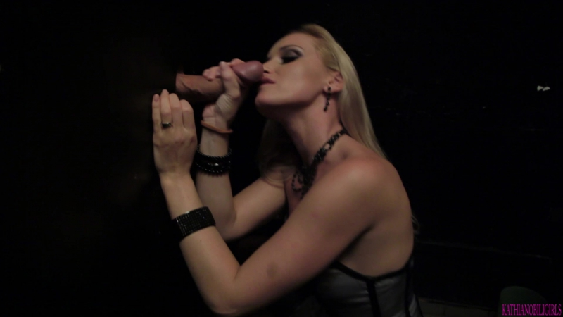 Kathia Nobili Im hungry for that cock Quick party blow job