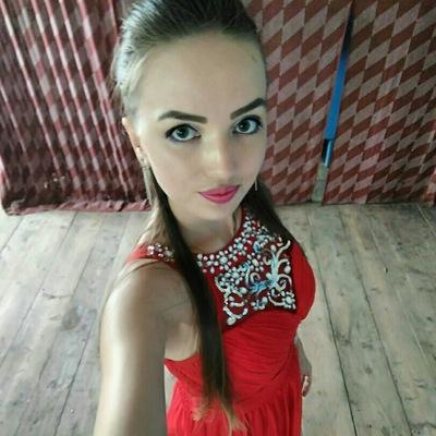 Леся Митрякова