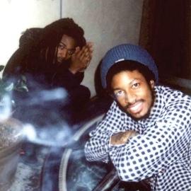 Main Attrakionz альбом 808's & Dark Grapes III