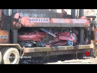 Австралийская полиция устроила