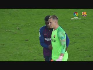Безумный сейв ТЕР ШТЕГЕНА в матче против Севильи