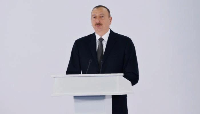 İlham Əliyev VI Beynəlxalq Humanitar Forumda iştirak edir