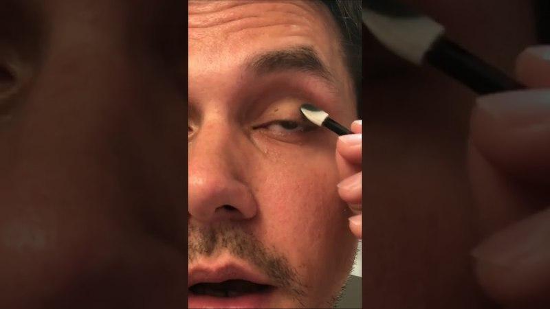 John Mayer on Instagram Stories- Smoke eye make up tutorial-April 23,2018