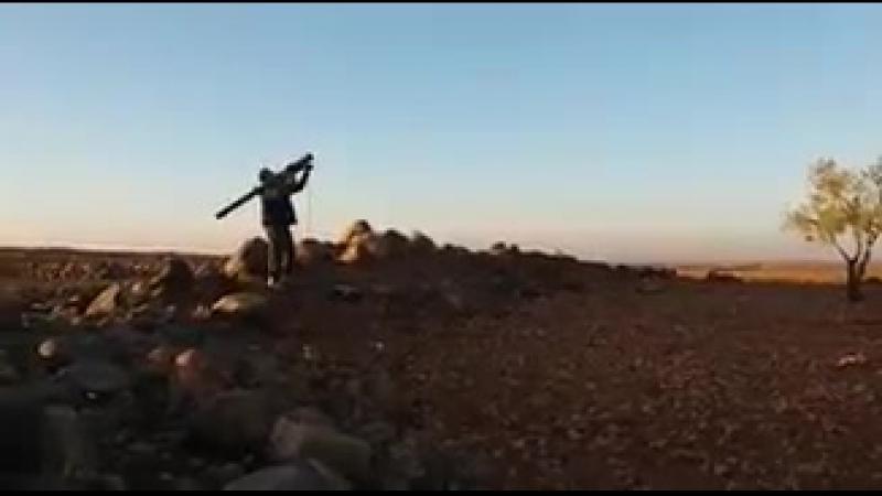 Видео от боевиков с моментом сбития Л-39 из ПЗРК (вероятнее всего, со Стрелы или с Иглы)