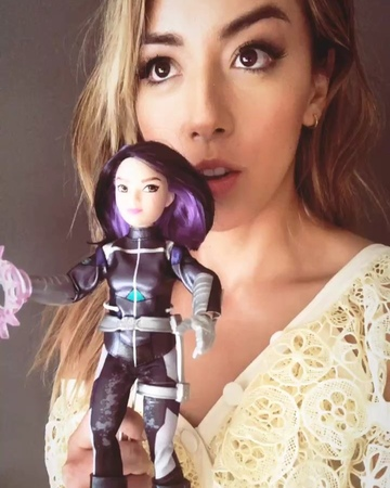 "Chloe Bennet on Instagram ""Mom, dad, look! I'm a doll! @hasbro @target @marvel 🤓quake marvelrising"""