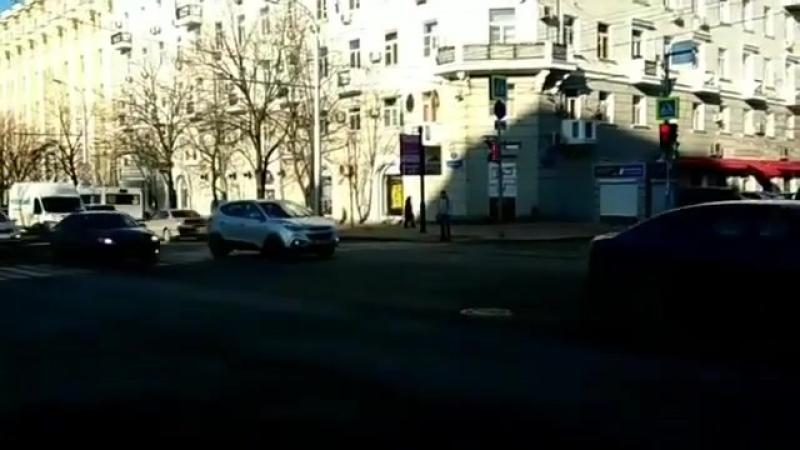 Авария на Нагибина возле РИО 21.03. Типичный Ростов