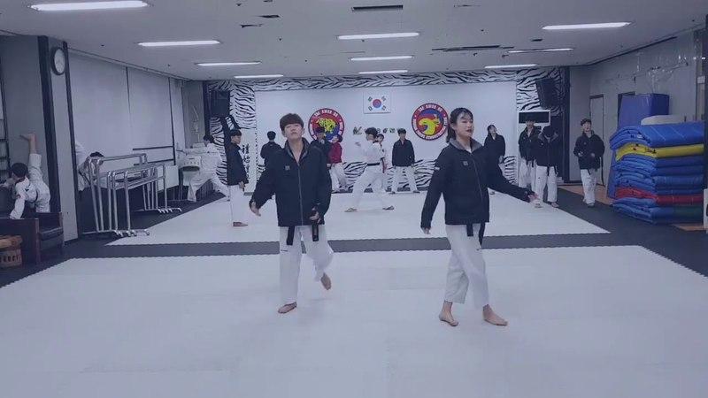 IKON (아이콘) - LOVE SCENARIO (사랑을했다) Cover by KTigers students (practice short version)