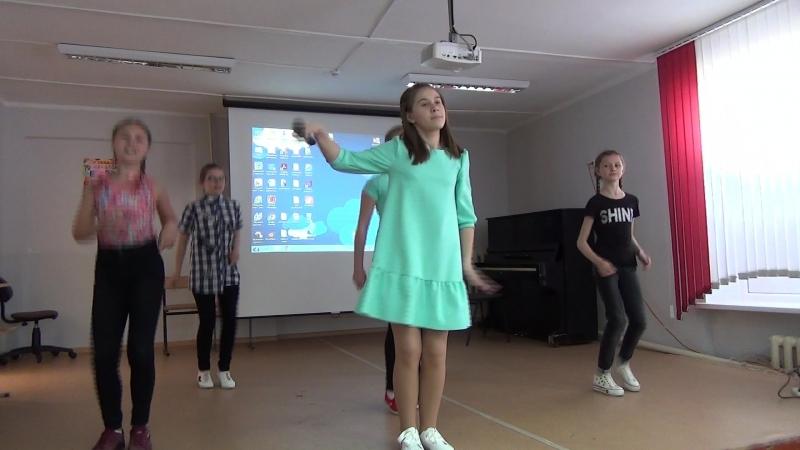 Конкурсная программа - Воробьевка- национальная песня на французском языке - 2 место