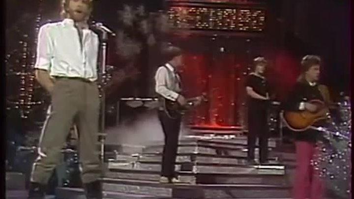 И́горь Влади́мирович Талько́в (4 ноября 1956, Грецовка, Щёкинский район,Тульская область — 6 октября 1991, Санкт-Петербург) — советский рок-музыкан...