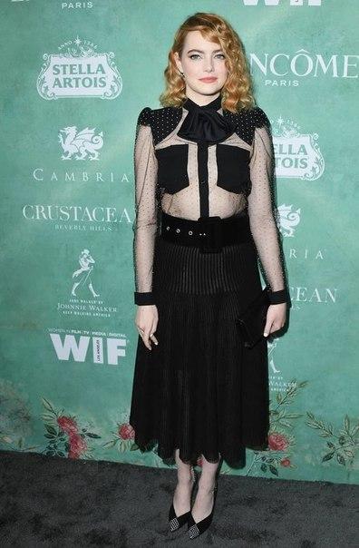 Эмма Стоун появилась на вечеринке в честь номинантов на «Оскар» без белья
