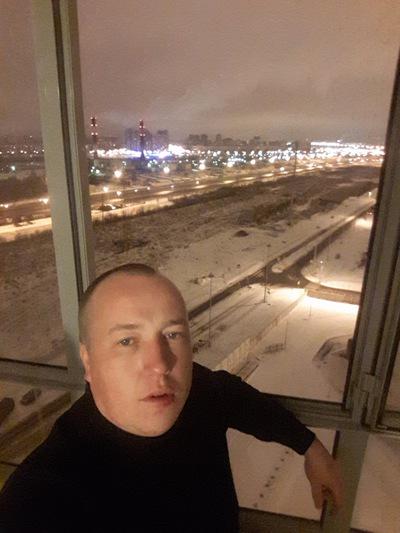 Артём Морозов